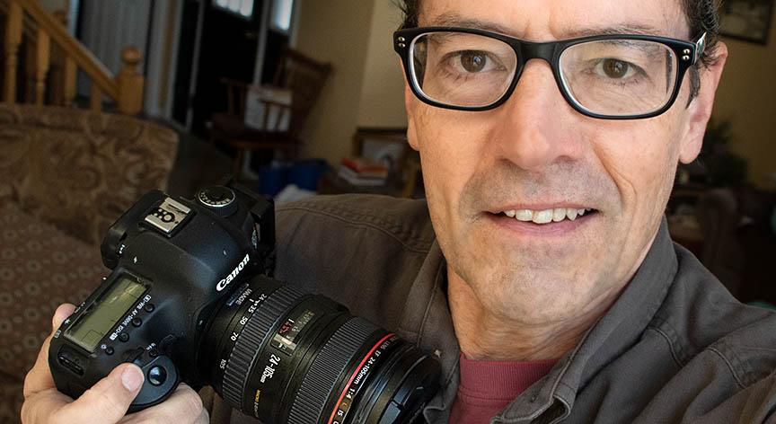 Canon standard zoom lens 24-105