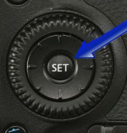 Canon 70D setting button