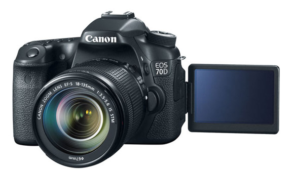 Canon EOS 70D With 18-135mm Lens Attached