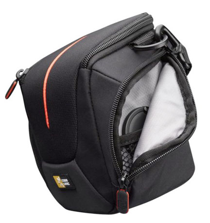 Pouch on side of Case Logic Camera Bag