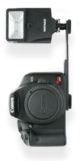 Neewer - Canon 270EX II Alternative - flashwith bracket let's you position flash aabove Camer a lens for vertical shooting