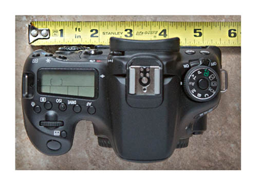 EOS 70D with ruler