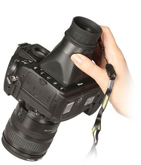 Get a better look at your image taken with your Canon 70D with the highly rated Hoodman LCD Loupe