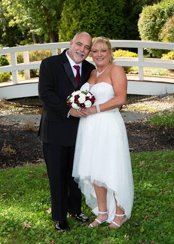 standing wedding pose