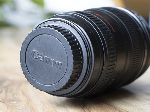 24-105 lens plus rear lens cap
