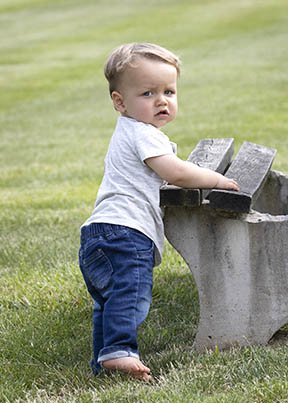 Outdoor toddler portrait